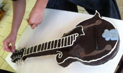 Mandolin Birthday Cake!